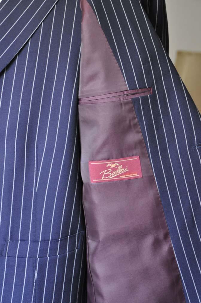 DSC1239-1 お客様のスーツの紹介- Biellesi ネイビーストライプ ダブルジレスリーピース-