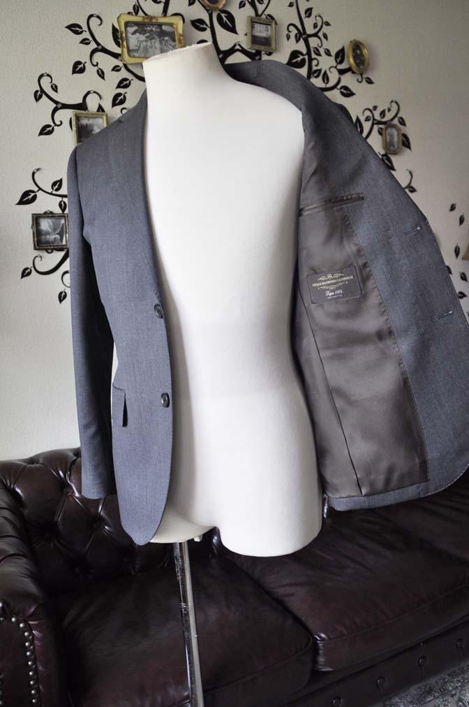 DSC1241-2 お客様のスーツの紹介-Biellesiグレースーツ-