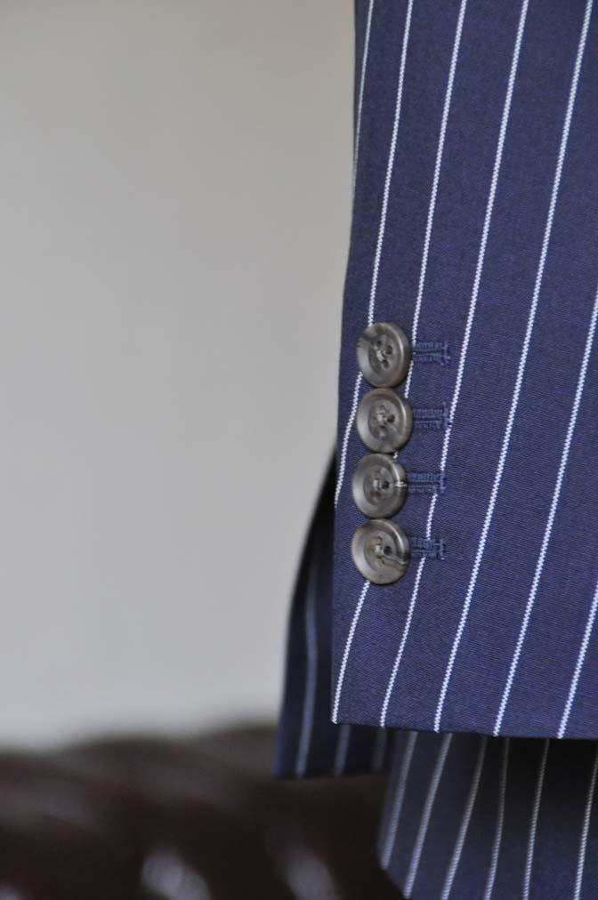DSC1244-1 お客様のスーツの紹介- Biellesi ネイビーストライプ ダブルジレスリーピース-