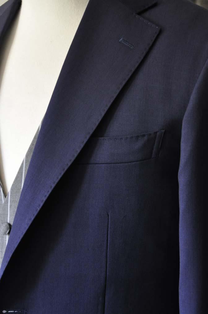 DSC1253 お客様のウエディング衣装の紹介- Biellesi ネイビースーツ グレーストライプベスト-DSC1253 お客様のウエディング衣装の紹介- Biellesi ネイビースーツ グレーストライプベスト- 名古屋市のオーダータキシードはSTAIRSへ
