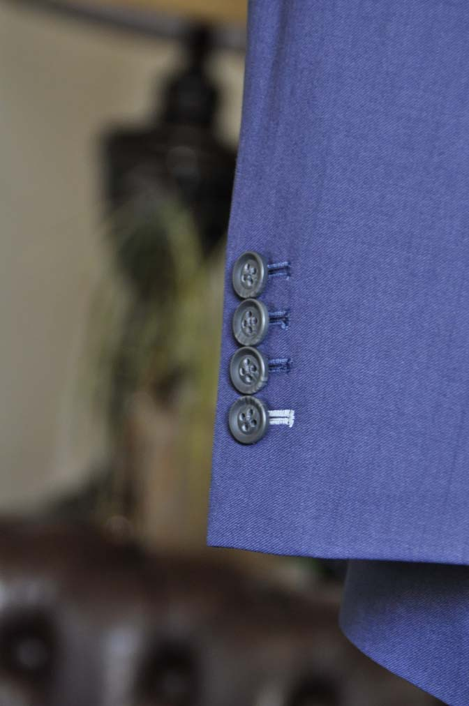 DSC1259-1 お客様のウエディング衣装の紹介- Biellesi ネイビースーツ グレーストライプベスト-DSC1259-1 お客様のウエディング衣装の紹介- Biellesi ネイビースーツ グレーストライプベスト- 名古屋市のオーダータキシードはSTAIRSへ