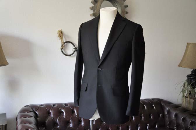 DSC1262-1 お客様のスーツの紹介-ブラックスーツ- 名古屋の完全予約制オーダースーツ専門店DEFFERT