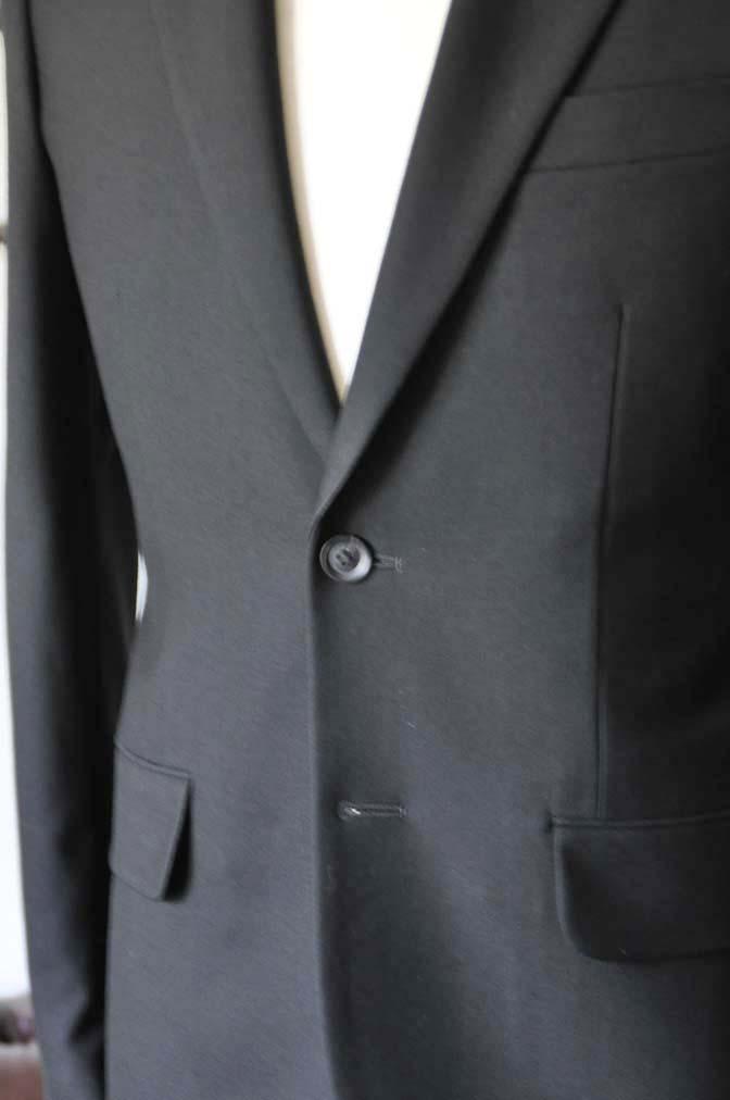 DSC1265-2 お客様のスーツの紹介-無地ブラックスーツ-