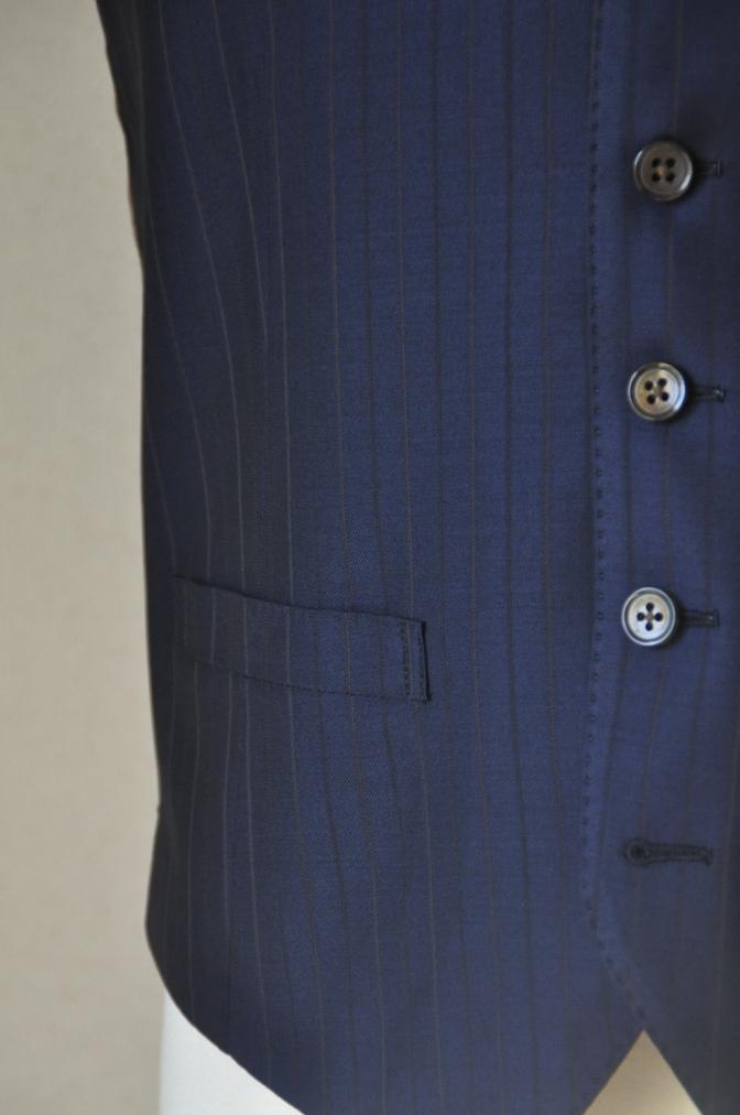 DSC12651 お客様のスーツの紹介-Biellesi ネイビーストライプ スリーピース-