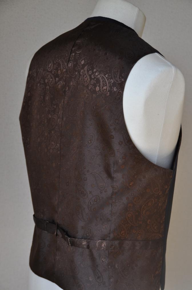 DSC12661 お客様のスーツの紹介-Biellesi ネイビーストライプ スリーピース-