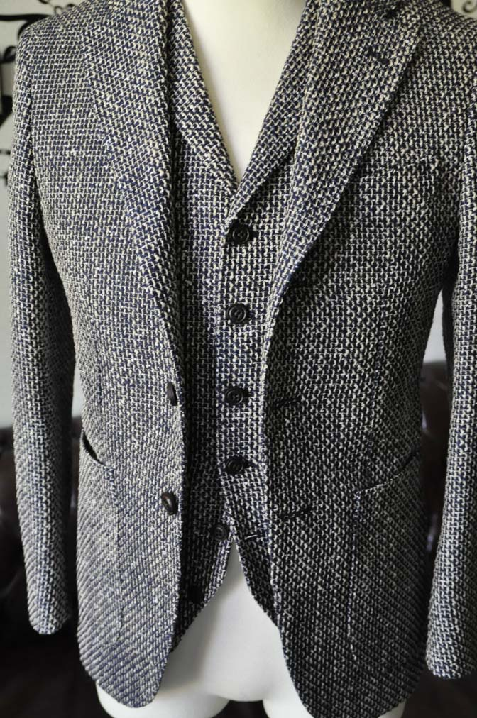 DSC1277-2 お客様のジャケット/ベストの紹介-FERLA ネイビー/ゴールド-