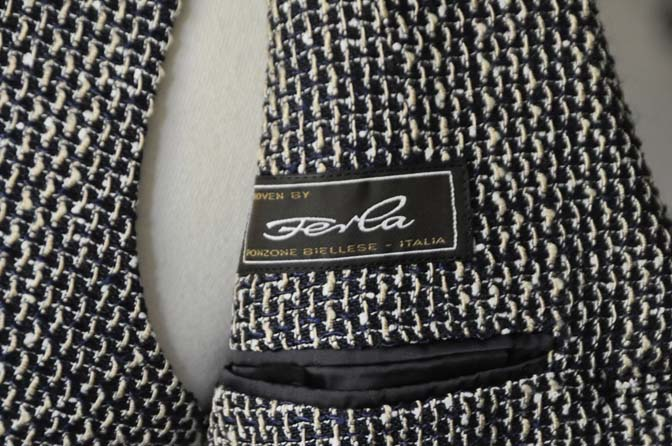 DSC1282-2 お客様のジャケット/ベストの紹介-FERLA ネイビー/ゴールド-