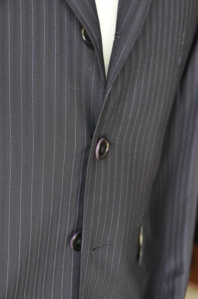 DSC1285 お客様のスーツの紹介-ネイビーストライプ-