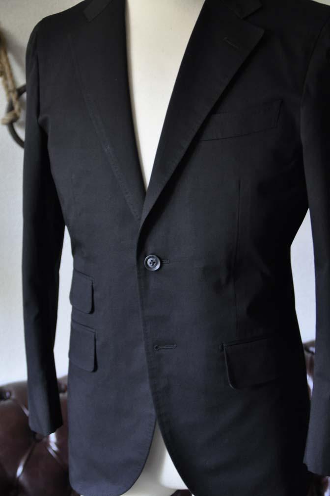 DSC1287-1 お客様のスーツの紹介- Larusmiani ブラックコットンスーツ-