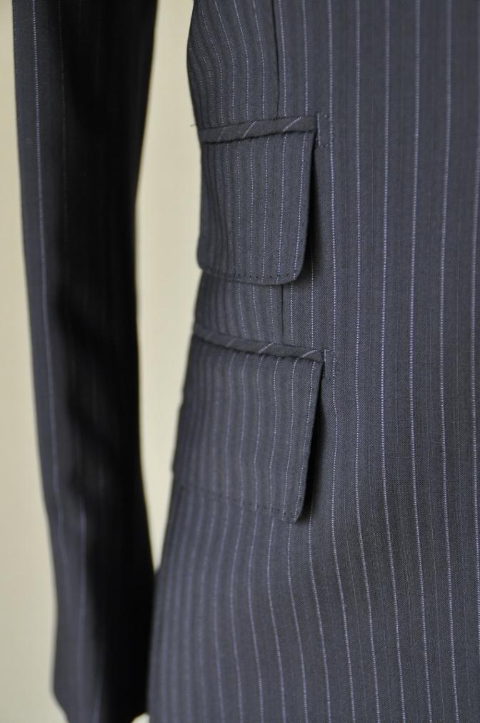 DSC1287 お客様のスーツの紹介-ネイビーストライプ-