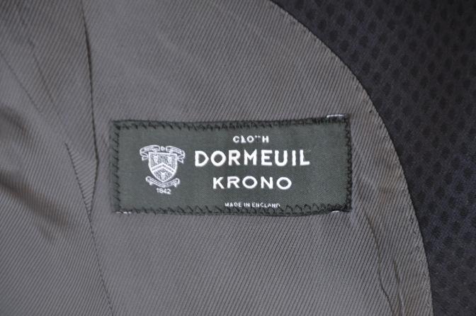 DSC12891 お客様のスーツの紹介-DORMEUIL KRONO ネイビースーツ-