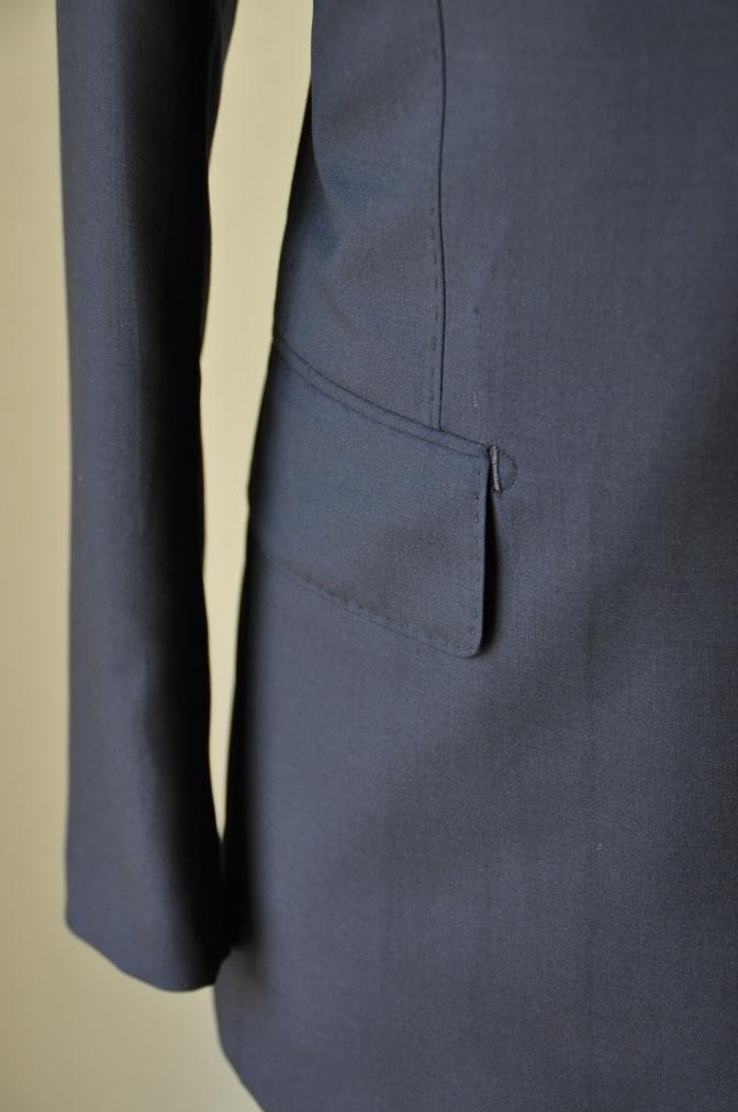 DSC13051 お客様のスーツの紹介-TALLIA DI DELFINO ネイビースーツ-