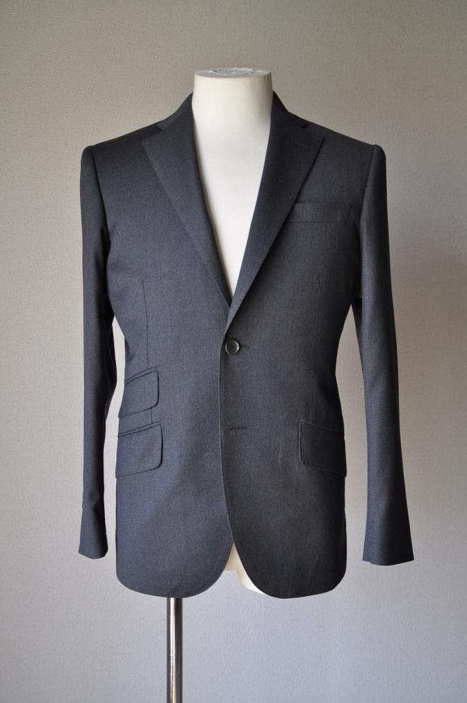 DSC13121 お客様のスーツの紹介- BIELLESI チャコールグレー-