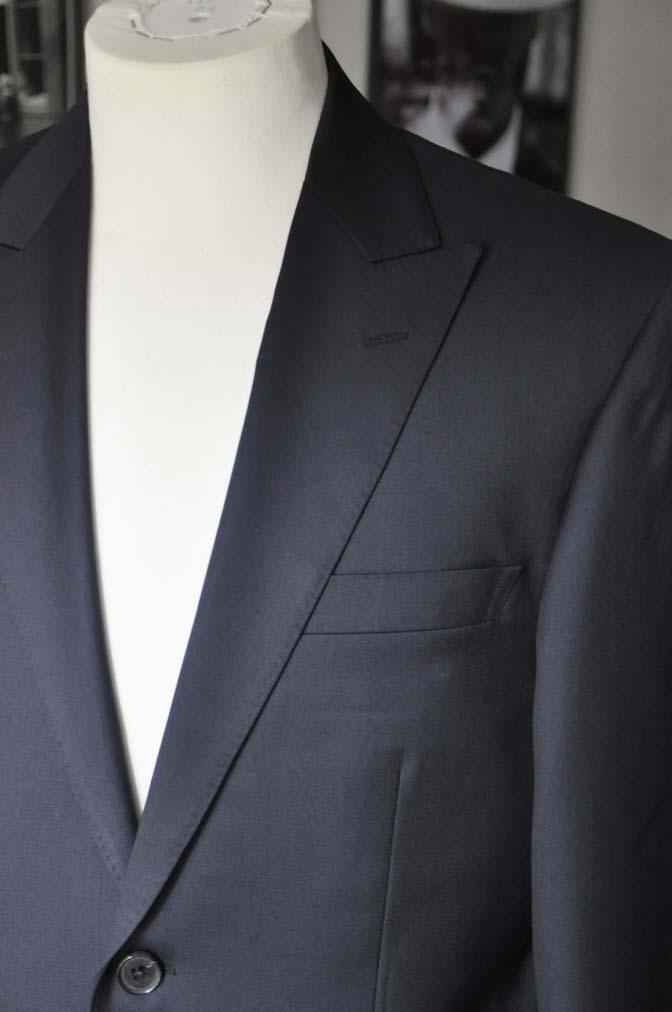 DSC13162 お客様のスーツの紹介- Biellesi 無地ネイビースーツ-