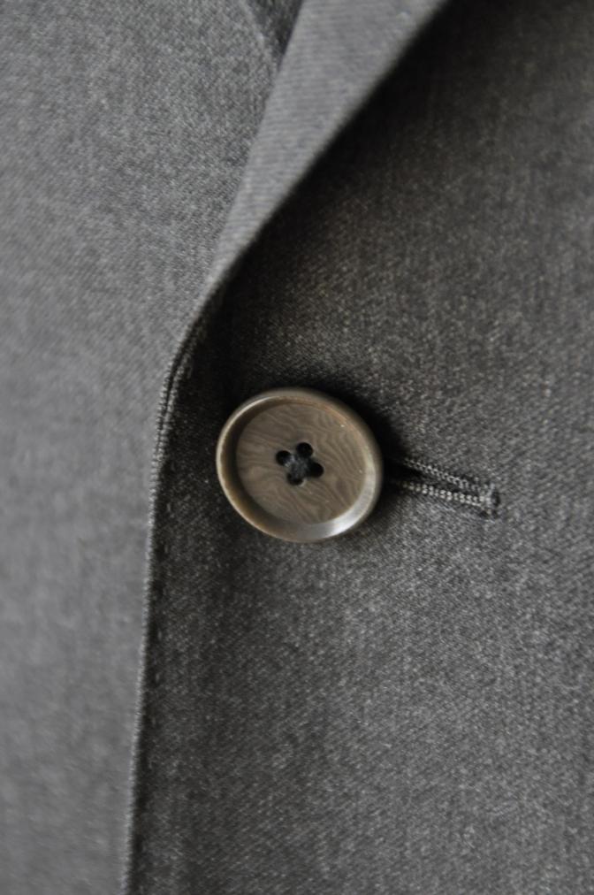 DSC1320 お客様のスーツの紹介- BIELLESI チャコールグレー-