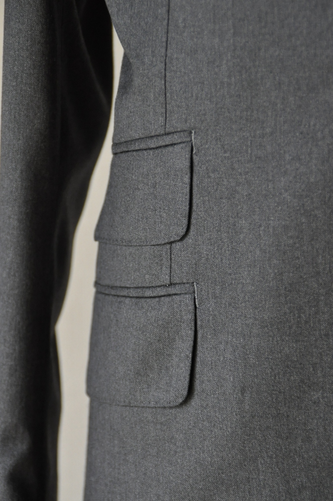 DSC1321 お客様のスーツの紹介- BIELLESI チャコールグレー-