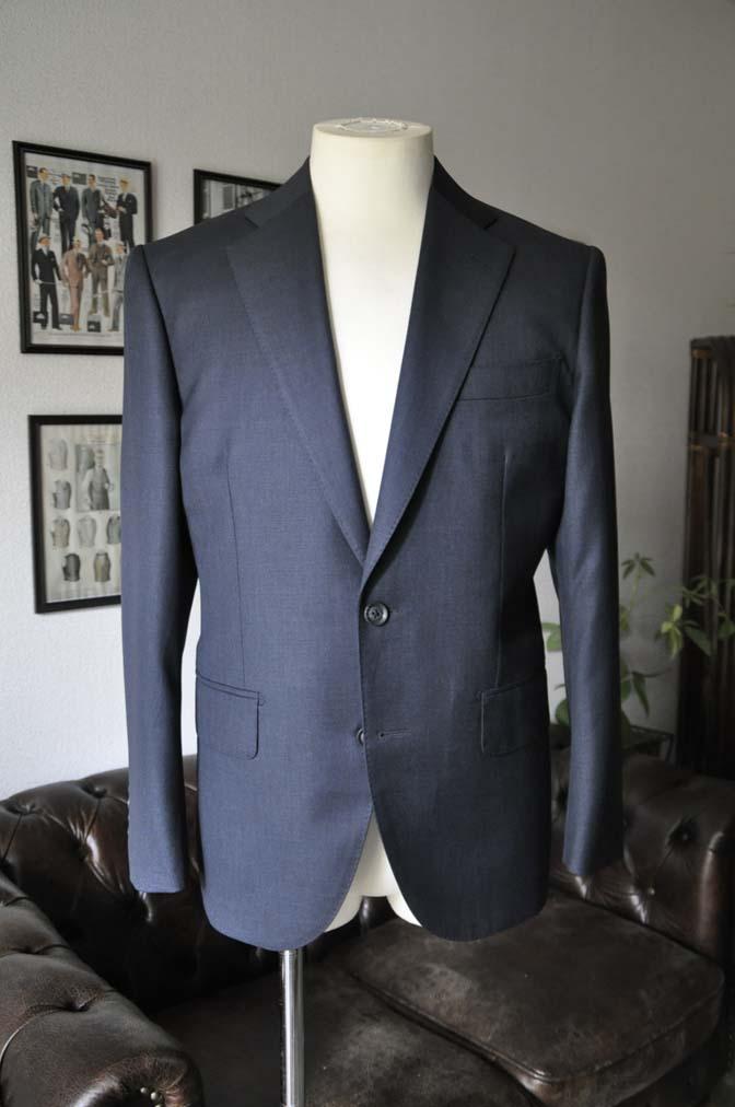DSC13261 お客様のスーツの紹介-Biellesi 無地ネイビースーツ-