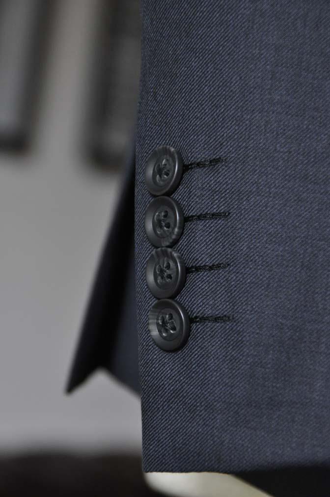 DSC1337 お客様のスーツの紹介-Biellesi 無地ネイビースーツ-