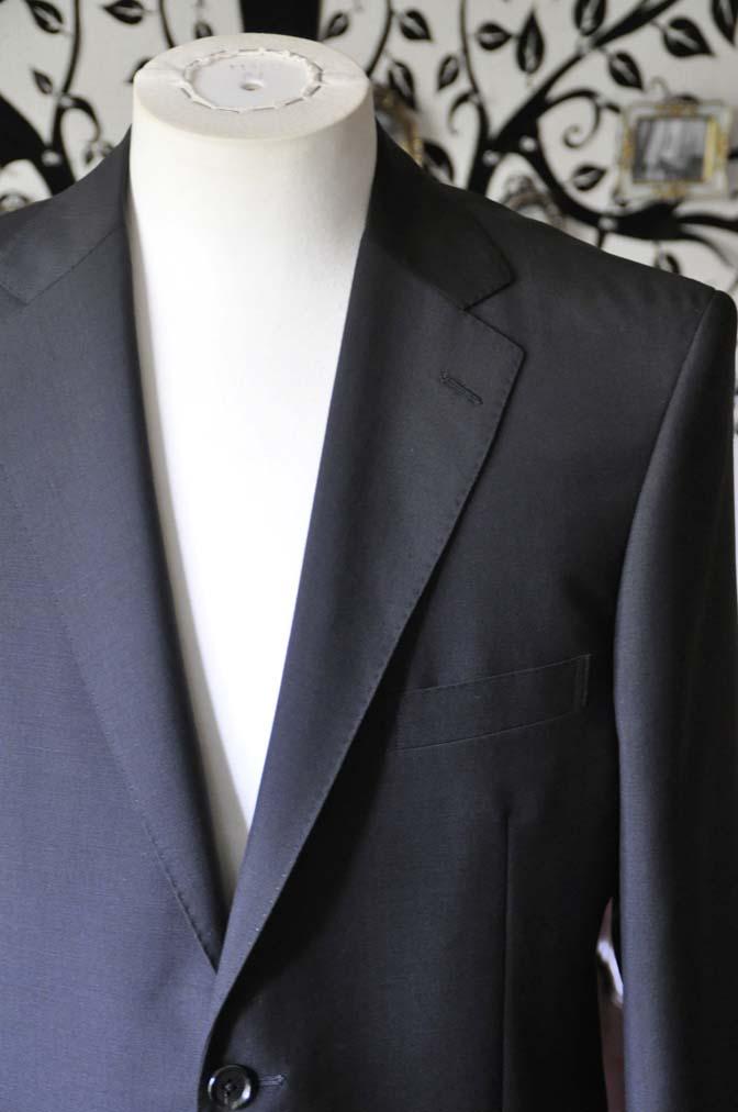 DSC1350-1 お客様のスーツの紹介-御幸毛織 SHALICK 無地ブラックスーツ-