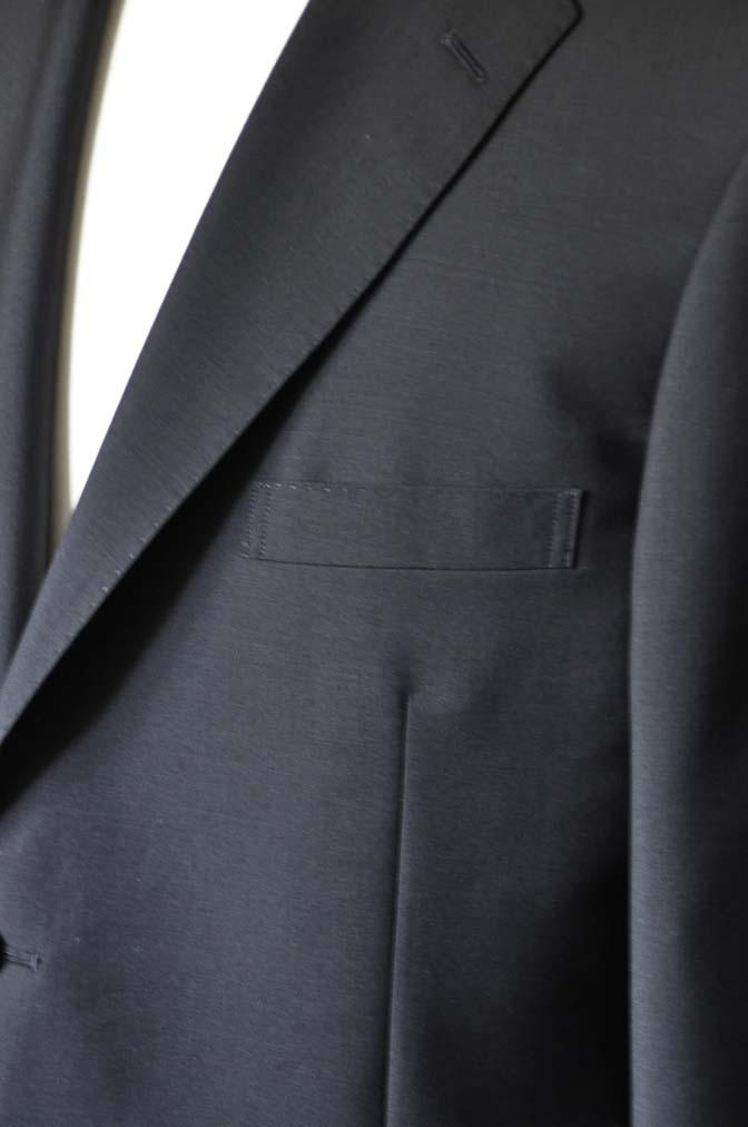 DSC1351-1 お客様のスーツの紹介-御幸毛織 SHALICK 無地ブラックスーツ-