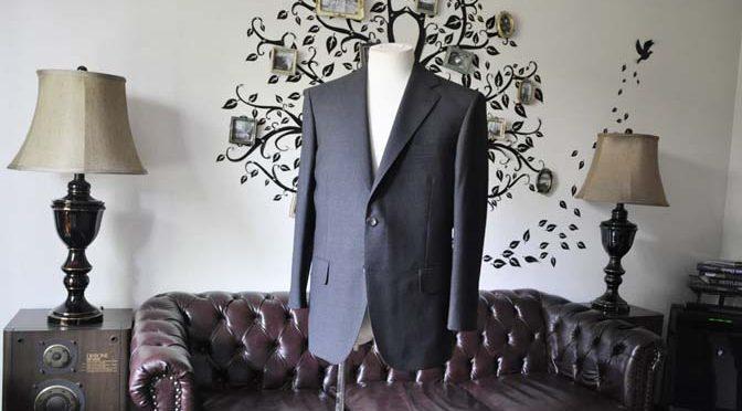 お客様のスーツの紹介-御幸毛織 グレーストライプスーツ-