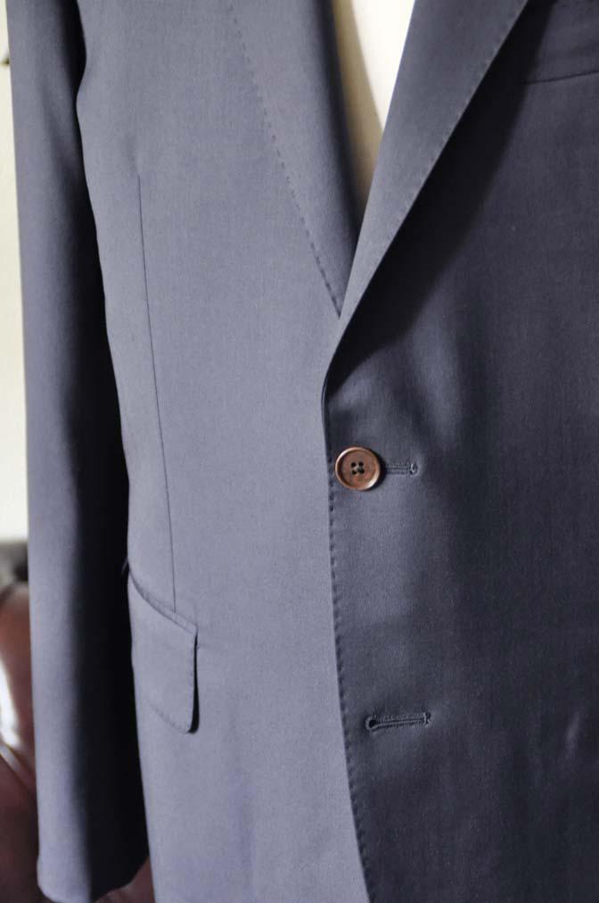 DSC1383 お客様のスーツの紹介-DORMEUIL EXEL無地ネイビースーツ-