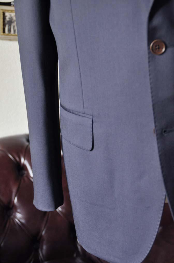 DSC1384-1 お客様のスーツの紹介-DORMEUIL EXEL無地ネイビースーツ-