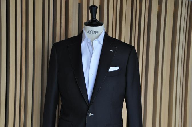 DSC1409 オーダージャケットの紹介-DARROWDALEブラックジャケット- 名古屋の完全予約制オーダースーツ専門店DEFFERT
