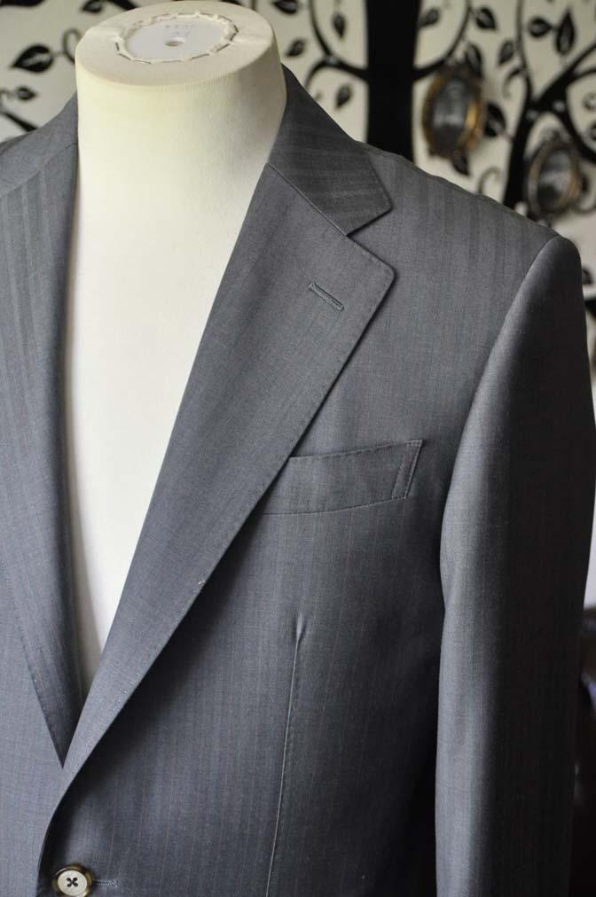 DSC1464-1 お客様のスーツの紹介-SCABAL GOLDEN RIBBONグレーストライプ- 名古屋の完全予約制オーダースーツ専門店DEFFERT