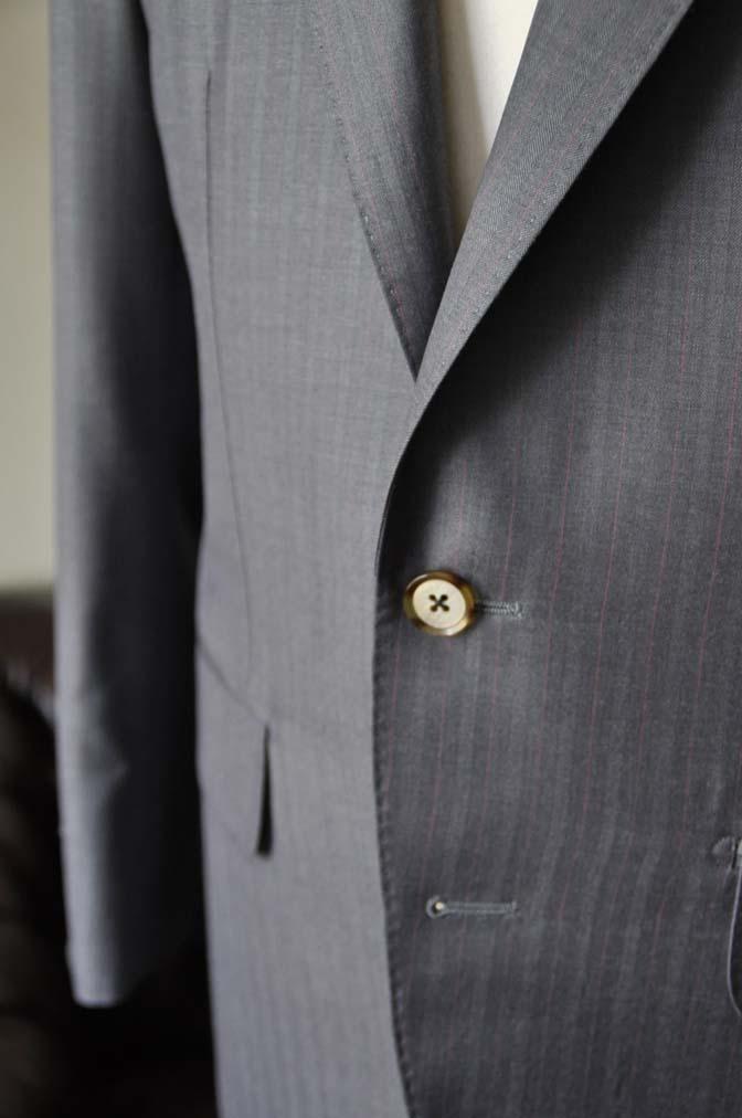 DSC1467-1 お客様のスーツの紹介-SCABAL GOLDEN RIBBONグレーストライプ- 名古屋の完全予約制オーダースーツ専門店DEFFERT