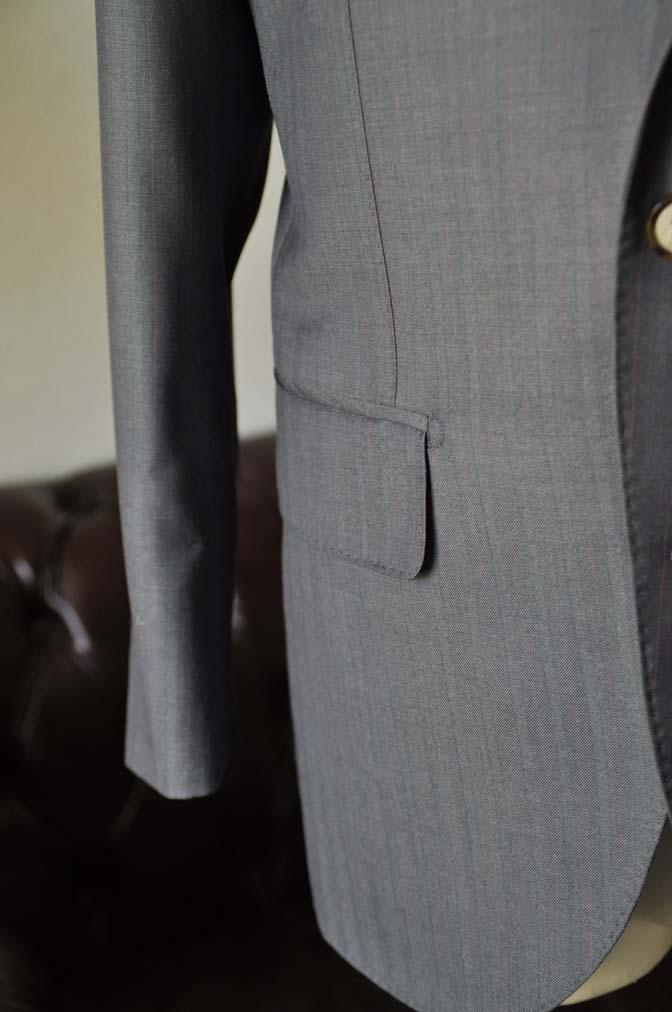 DSC1468-1 お客様のスーツの紹介-SCABAL GOLDEN RIBBONグレーストライプ- 名古屋の完全予約制オーダースーツ専門店DEFFERT