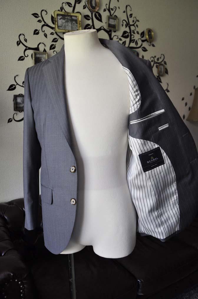 DSC1471-1 お客様のスーツの紹介-SCABAL GOLDEN RIBBONグレーストライプ- 名古屋の完全予約制オーダースーツ専門店DEFFERT