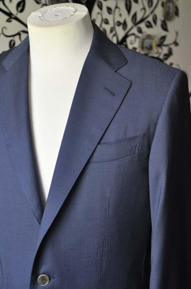 DSC1481-1 お客様のスーツの紹介-DORMEUIL EXEL 無地ネイビースーツ-