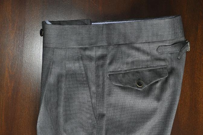 DSC1503 スーツの紹介-BIELLESI グレーバーズアイ スリーピース-