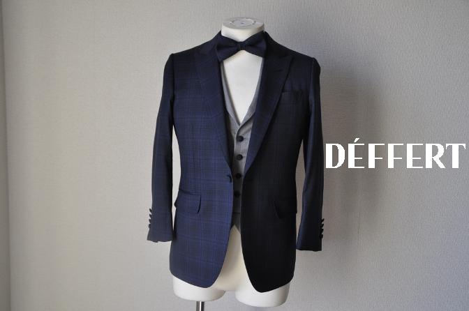 DSC15321 お客様のウエディング衣装の紹介-ネイビーチェックスーツにグレーベスト-