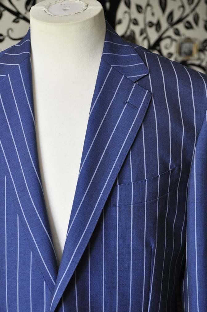 DSC1535-1 お客様のスーツの紹介-DARROW DALEネイビーストライプスーツ-