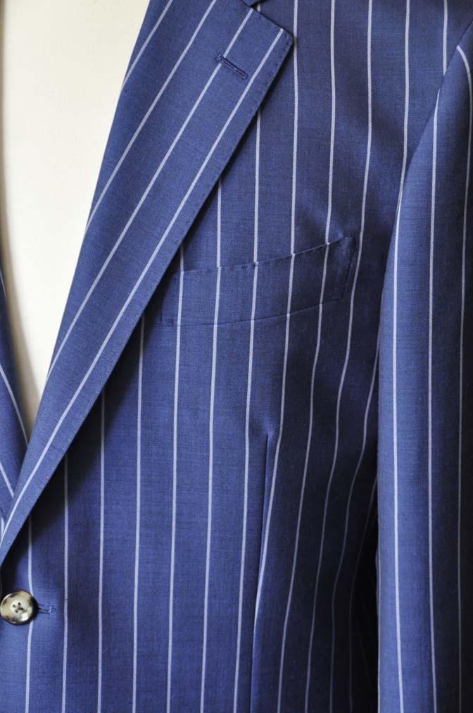 DSC1536-1 お客様のスーツの紹介-DARROW DALEネイビーストライプスーツ-