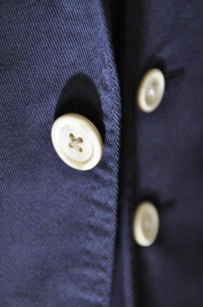 DSC1537 スーツの紹介-ネイビーストレッチコットン スリーピース-