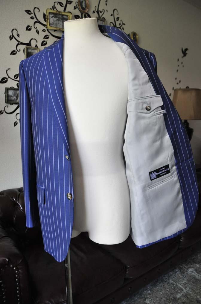 DSC1545-1 お客様のスーツの紹介-DARROW DALEネイビーストライプスーツ-