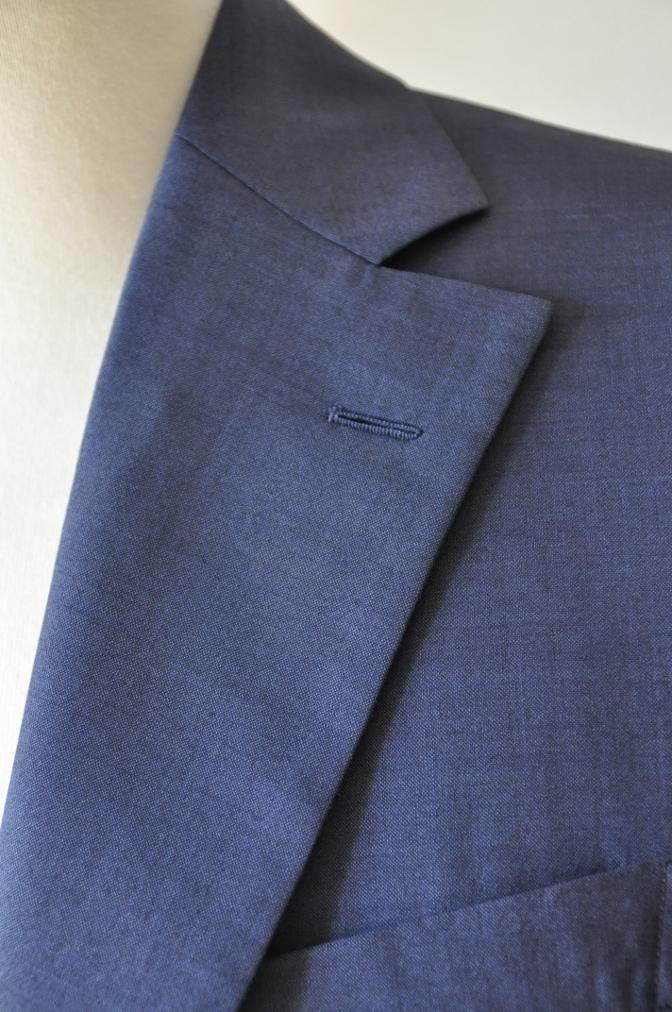 DSC1559 お客様のハワイウエディング衣装の紹介- ネイビースーツ グレーベスト- 名古屋の完全予約制オーダースーツ専門店DEFFERT