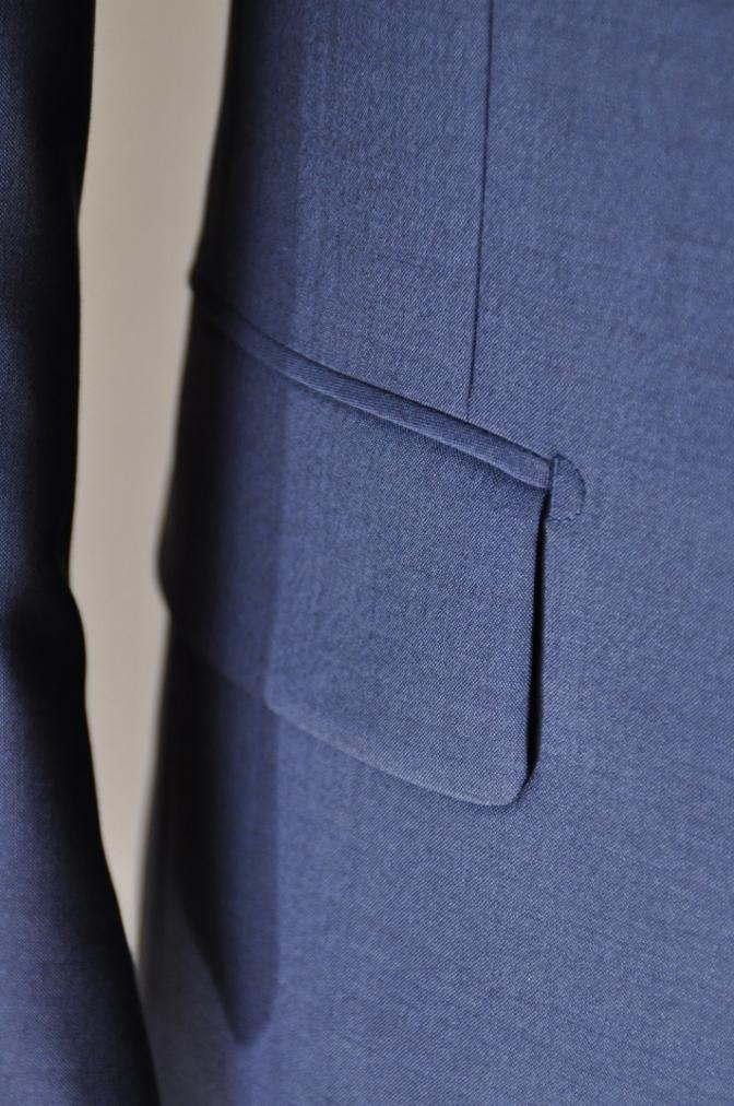DSC1562 お客様のハワイウエディング衣装の紹介- ネイビースーツ グレーベスト- 名古屋の完全予約制オーダースーツ専門店DEFFERT