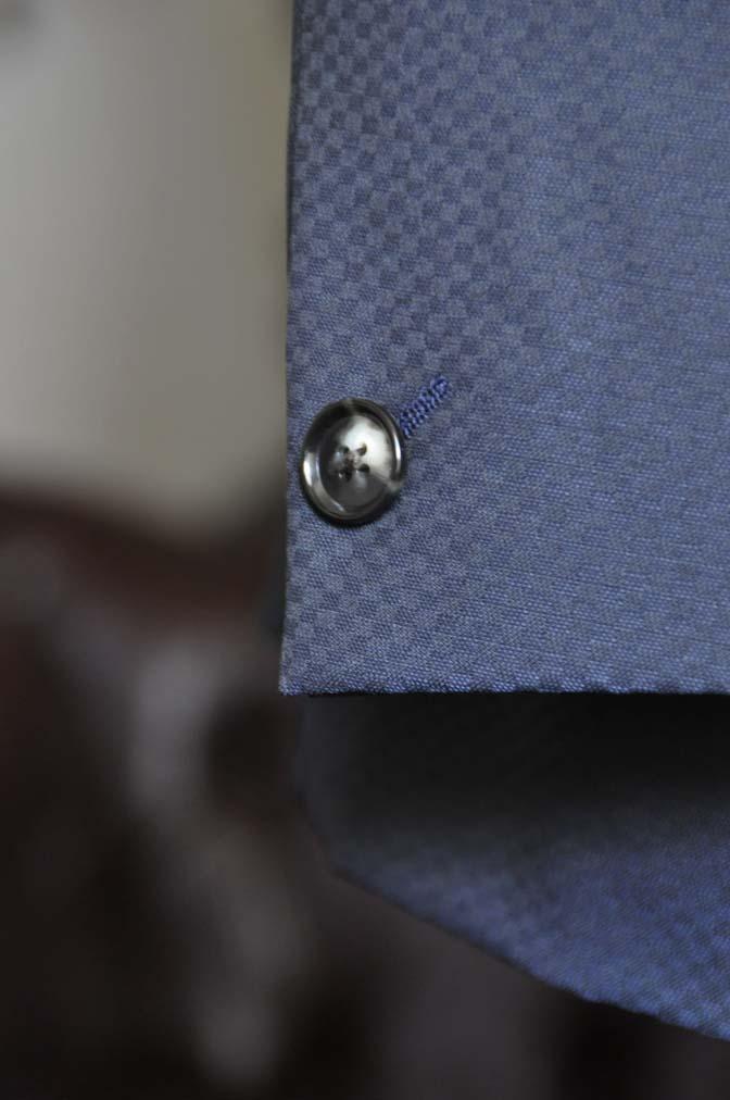 DSC1563-1 お客様のスーツの紹介-CANONICOネイビースーツ-