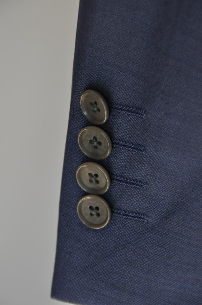 DSC1563 お客様のハワイウエディング衣装の紹介- ネイビースーツ グレーベスト- 名古屋の完全予約制オーダースーツ専門店DEFFERT