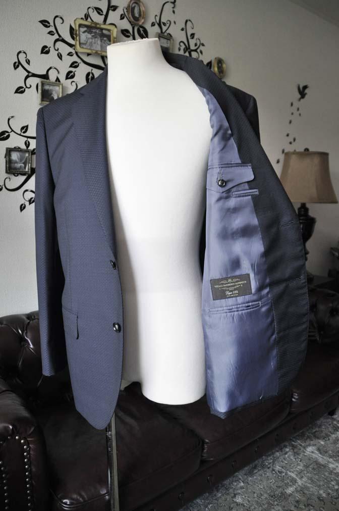DSC1566-1 お客様のスーツの紹介-CANONICOネイビースーツ-