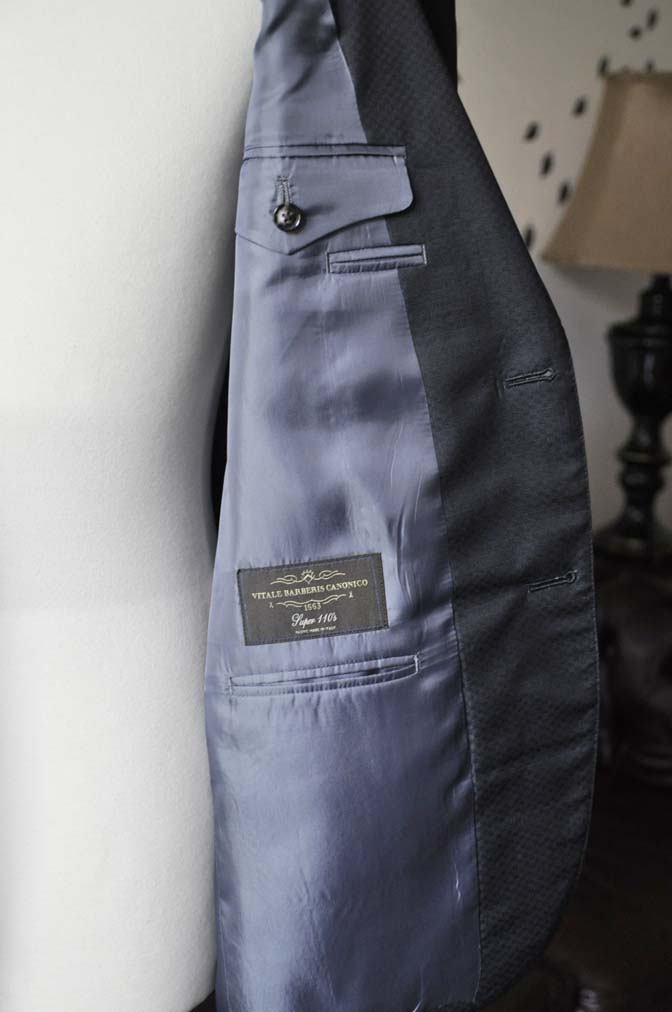 DSC1567-1 お客様のスーツの紹介-CANONICOネイビースーツ-