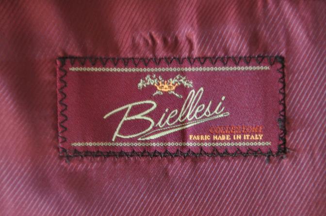 DSC15711 お客様のウエディング衣装の紹介-ネイビースーツ グレーチェックベスト-