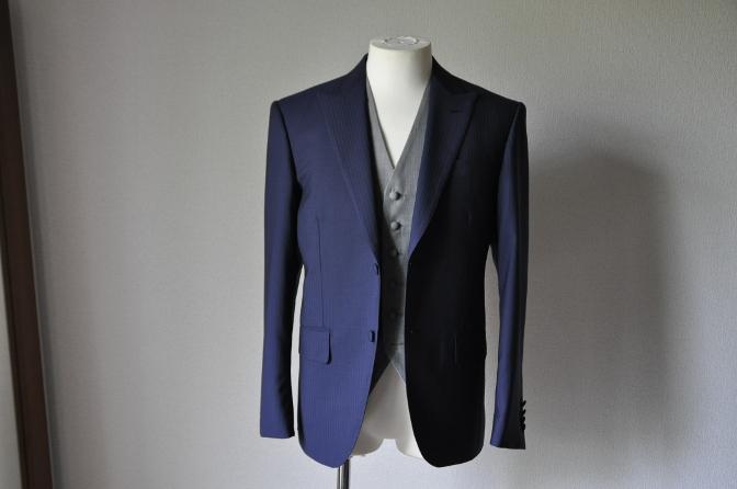 お客様のウエディング衣装の紹介- ネイビースーツとグレー ...