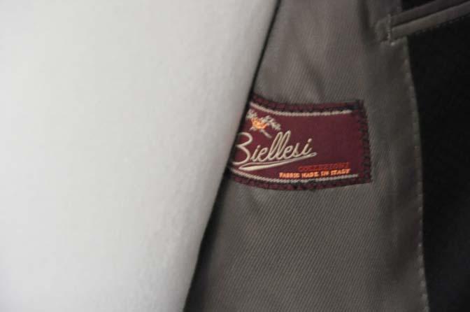 DSC16003 お客様のスーツの紹介- Biellesi ブラックスーツ-