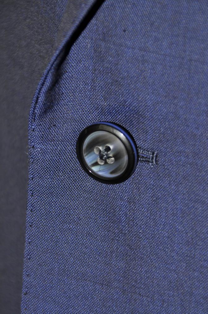 DSC1605 お客様のスーツの紹介- BIELLESI 無地ネイビー-