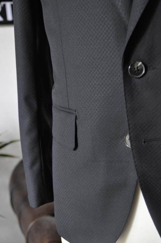 DSC16081 お客様のスーツの紹介- Biellesi ブラックスーツ-